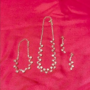 Jewelry - Sparkly Jewelry Bundle